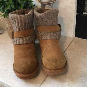 UGG Chestnut Cambridge Short Boots